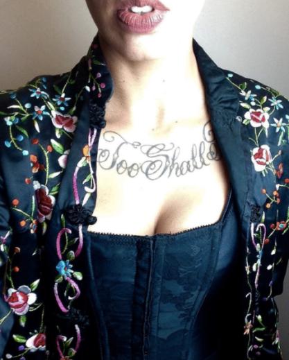 fulltime-lingerie-life-daily-street-style-fashion-vintage-black-corset-silk-floral-jacket